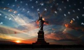 Fundo do grunge da independência Day Liberdade que ilumina o mundo Fotografia de Stock Royalty Free