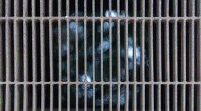 Fundo do Grunge de texturas metálicas da corrosão da oxidação com linhas teste padrão foto de stock royalty free