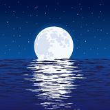 Fundo do mar e da Lua cheia azuis na noite ilustração do vetor