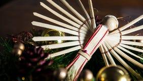Fundo do Natal do anjo e decoração de madeira da madeira Imagem de Stock