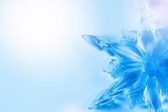 Fundo do Natal com Crystal Snowflake Foto de Stock Royalty Free