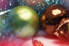 Fundo do Natal com decorações da árvore Foto de Stock Royalty Free