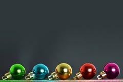 Fundo do Natal com esferas do Natal Imagens de Stock Royalty Free