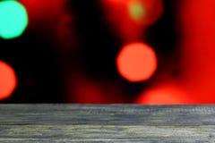 Fundo do Natal com a tabela de madeira escura velha vazia da mesa Imagens de Stock