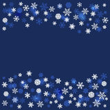 Fundo do Natal do inverno com flocos de neve Fotos de Stock Royalty Free
