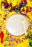 Fundo do partido ou do carnaval ou conceito do partido com artigos do divertimento Fotografia de Stock