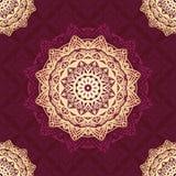 Fundo do projeto do teste padrão da mandala do vetor com vermelho e cor do ouro ilustração royalty free