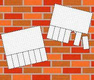 Fundo do tijolo com uma observação Fotos de Stock Royalty Free