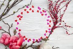 Fundo do Valentim com corações e flores Fotos de Stock