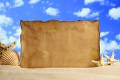 Fundo do verão - folha, shell e estrela do mar do papel vazio Fotos de Stock Royalty Free