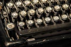 Fundo do vintage Chaves velhas da máquina de escrever foto de stock