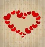 Fundo do vintage com o quadro feito em corações de papel amarrotados para Imagens de Stock Royalty Free