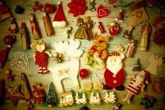 Fundo do vintage do Natal com decorações imagens de stock