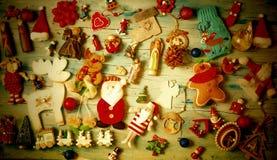 Fundo do vintage do Natal com decorações imagem de stock royalty free