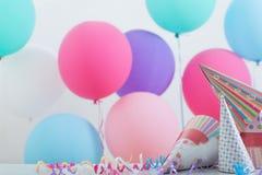 Fundo dos balões para o aniversário imagem de stock
