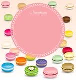 Fundo dos bolinhos de amêndoa e quadro cor-de-rosa doce Imagens de Stock