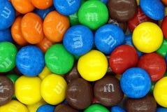 Fundo dos chocolates de M&M Fotografia de Stock