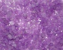 Fundo dos cristais do sal do mar da cor. Foto de Stock Royalty Free