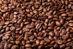 Fundo dos feijões de café de Brown Fotografia de Stock Royalty Free