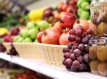 Fundo dos frutos Loja do fruto Foto de Stock Royalty Free