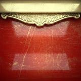Fundo dourado pintado no vermelho Fotografia de Stock