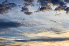 Fundo dramático das nuvens Fotos de Stock Royalty Free