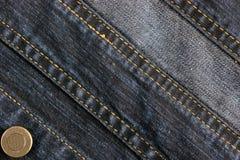 Fundo e textura abstratos de calças de brim da sarja de Nimes fotografia de stock royalty free