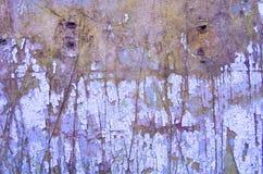 Fundo envelhecido com pintura da casca Pintura rachada em uma parede de madeira Fundo do Grunge Superfície pintada riscada velha  Fotografia de Stock
