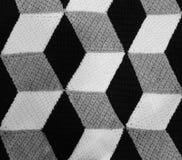 Fundo feito com formas geométricas preto e branco que olham Imagens de Stock