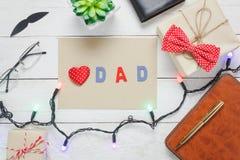 Fundo feliz do feriado do dia de pais da opinião de tampo da mesa com conceito do curso Imagem de Stock Royalty Free