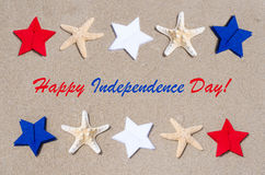 Fundo feliz dos EUA do Dia da Independência com estrelas e estrelas do mar Fotografia de Stock
