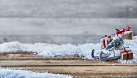 Fundo festivo do Natal com neve imagem de stock royalty free
