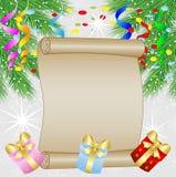 Fundo festivo do Natal com ramos e a serpentina verdes Imagem de Stock