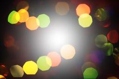 Fundo festivo escuro abstrato Unfocused com bokeh inverno Ch Fotos de Stock Royalty Free