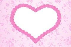 Fundo floral nostálgico com coração cor-de-rosa imagem de stock