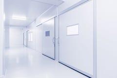 Fundo interior moderno do laboratório ou da fábrica de ciência fotos de stock