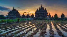 Fundo Javanese do templo do por do sol bonito imagens de stock