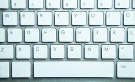 Fundo moderno branco do teclado de computador foto de stock