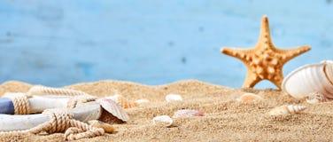 Fundo náutico em uma praia tropical Imagem de Stock