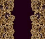 Fundo ornamentado de Borgonha do vintage com laço do ouro Molde para o projeto dos cartões ou dos convites Imagens de Stock Royalty Free