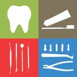 Fundo ou bandeira, dentes, instrumentos dentais, cuidados dentários Foto de Stock
