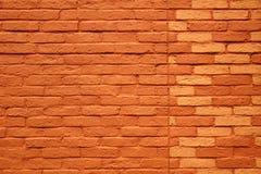 Fundo ou textura pintada da parede de tijolo da terracota Foto de Stock Royalty Free