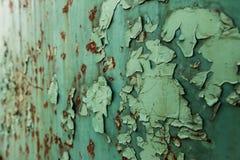 Fundo, oxidação em uma placa de metal imagens de stock royalty free
