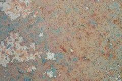 Fundo oxidado e velho com área vazia para o texto do apoio dano ou superfície da antiguidade da oficina da indústria corrosão do  fotos de stock