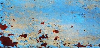 Fundo oxidado metálico com a pintura velha gasto e riscada com corrosão fotografia de stock