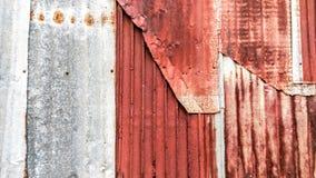 fundo oxidado velho da textura do vintage do tapume do ferro galvanizado, ondulado Imagem de Stock Royalty Free