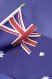 Fundo próximo acima da bandeira australiana da cruz do sul - vertical Foto de Stock Royalty Free