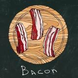Fundo preto da placa de giz Fatias cruas do bacon em uma placa de corte de madeira redonda Corte da carne Guia da carne para o ca ilustração stock