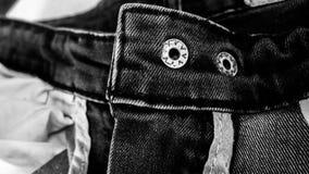 Fundo preto do sumário da textura das calças de brim: tom preto e branco Imagem de Stock Royalty Free