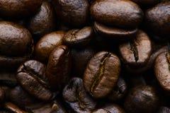 Fundo Roasted dos feijões de café fotografia de stock royalty free